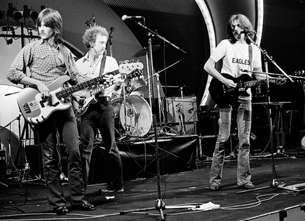 Are The Eagles Still Together : this day in eagles history 1971 eagles perform together for first time then still the backing ~ Hamham.info Haus und Dekorationen